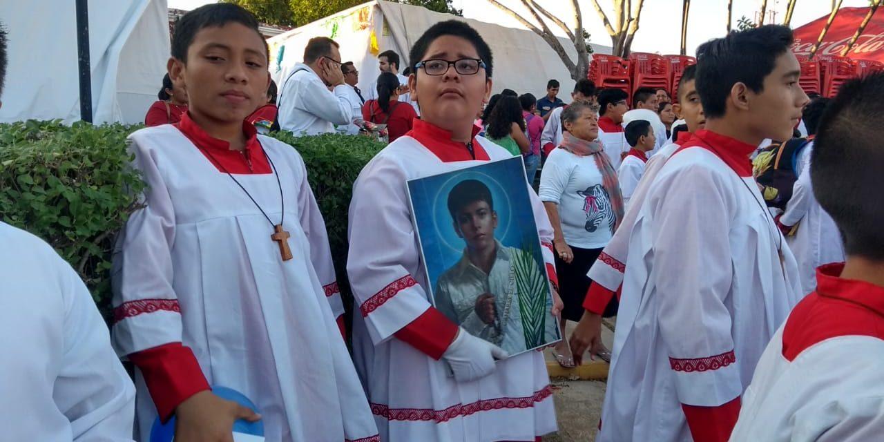 Júbilo por reliquias de santo que serán llevadas al Papa Francisco