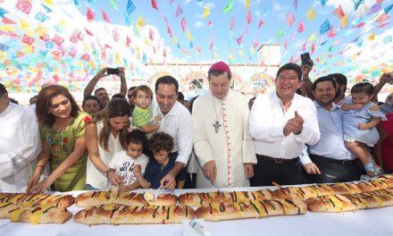 Vila Dosal participa en celebración de Día de Reyes en Tizimín