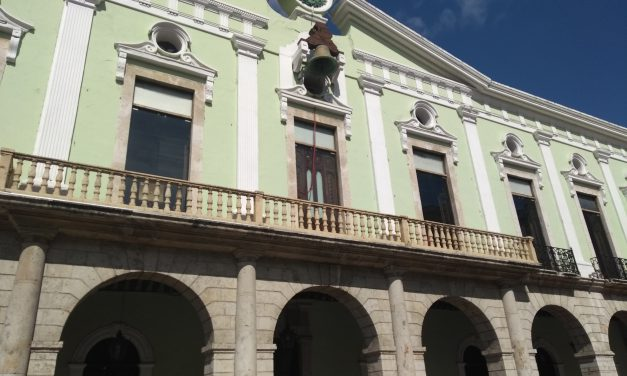 Limpia de notarios en Yucatán: suspenden a 2 y retiran nombramiento a 19 escribanos (video)