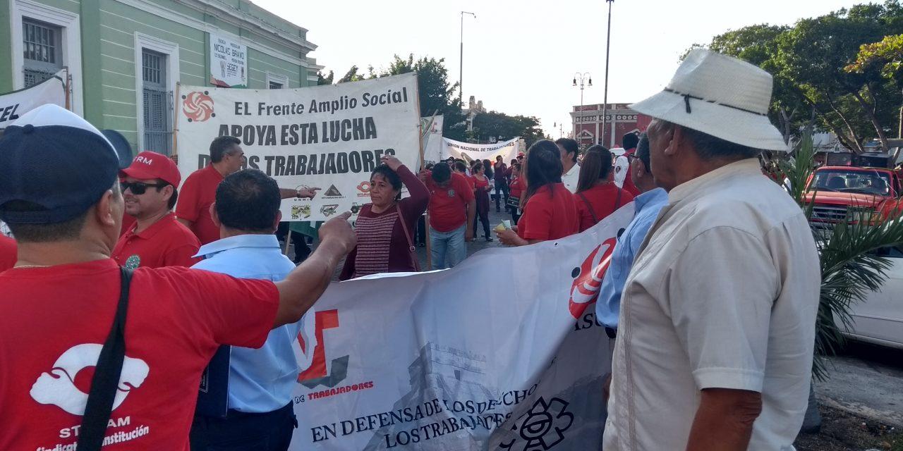 Unen reclamos agrupaciones sindicales, campesinas y civiles (Vídeo)