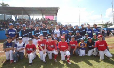 Renán Barrera, comprometido con el deporte y la sana convivencia
