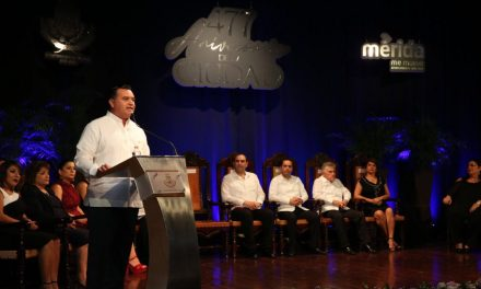Sesión Solemne de Cabildo por los 477 años de Mérida