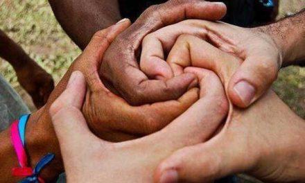 """""""Racismo y Xenofobia en México"""", tema de foto en UADY"""