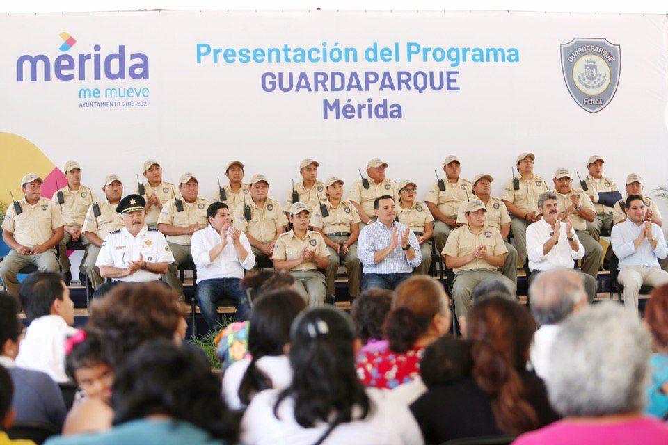 Renán Barrera y su programa de Guardaparques en Mérida