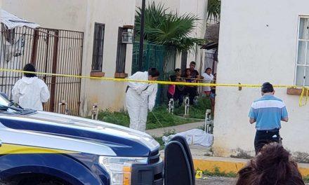 Ejecutados en su casa en Cancún; sobrevive bebé