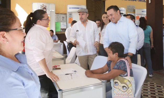 En Molas, Renán Barrera entrega apoyos y da banderazo a primera Jornada del Empleo en comisarías