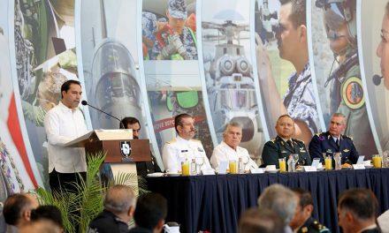 Fuerza Aérea Mexicana, aliada en la paz y desarrollo de Yucatán: Vila Dosal