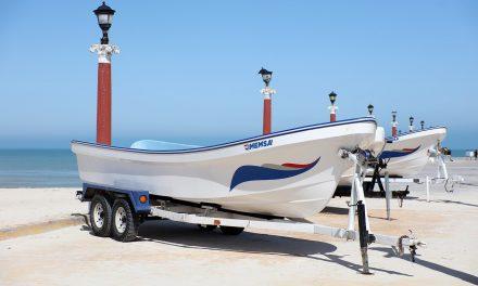 Lleva Vila apoyos a pescadores por temporada de veda