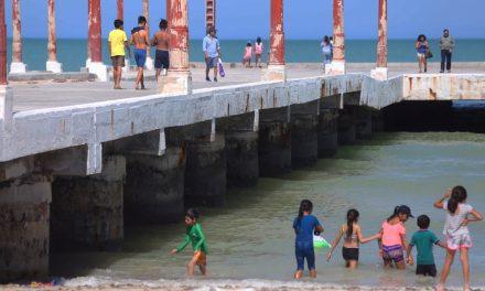 Festival de la Veda mueve turismo al puerto de Sisal
