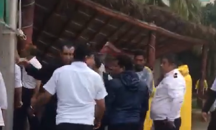 Palapa de hotel en Playa del Carmen cayó por lluvia y viento (Vídeo)