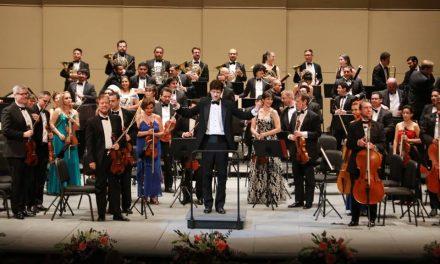 Con público eufórico por Beethoven y Mahler, OSY festeja sus 15 años
