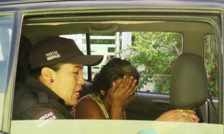 Rescatan de la calle a dos bebés; su mamá estaba drogándose