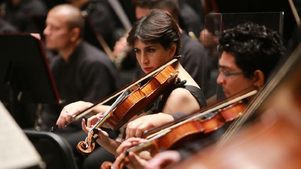Llenan Teatro Peón Contreras conciertos de fin de semana