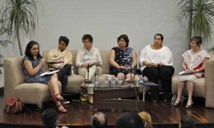 Entre científicos, igualdad y reconocimiento mutuo