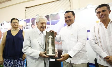 "Ignacio López Tarso, ""Huésped Distinguido de Mérida"" (video)"