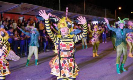 """Más de 61 mil personas acuden a Paseo de Corso de """"El Nuevo Carnaval"""""""