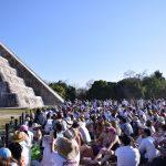 A plenitud equinoccio en zona arqueológica de Chichén Itzá