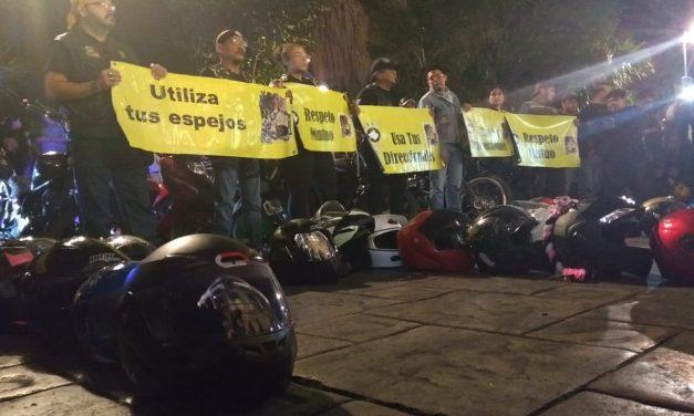 Luto y reclamo de motociclistas por accidentes viales (Vídeo)
