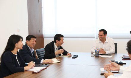 Promueve Vila inversiones japonesas hacia Yucatán