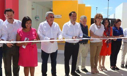 Vila entrega tercera etapa de Centro de Justicia para Mujeres