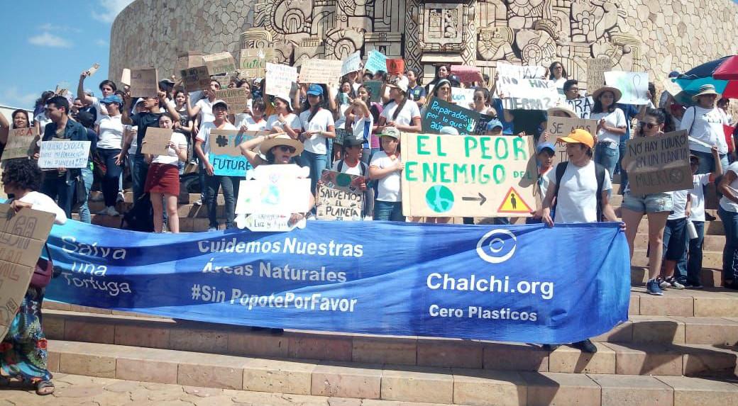 'Viernes para el Futuro', reclamo en Mérida por un mundo mejor (Vídeo)