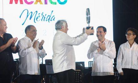 Vila recibe estafeta de Tianguis Turístico 2020 a celebrarse en Mérida