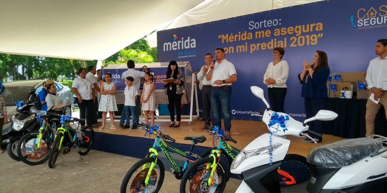 Premia Mérida a 'cumplidores' del predial (Vídeo)