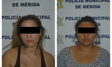 Detenidas mujeres con mil 553 pastillas de metanfetamina y 226 de clorhidrato de cocaína