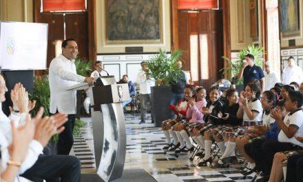 """""""Ver Bien para Aprender Mejor"""" llegará a más de 317 mil alumnos yucatecos"""