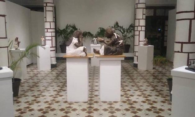 Muestra escultórica de yucateca induce a la lectura