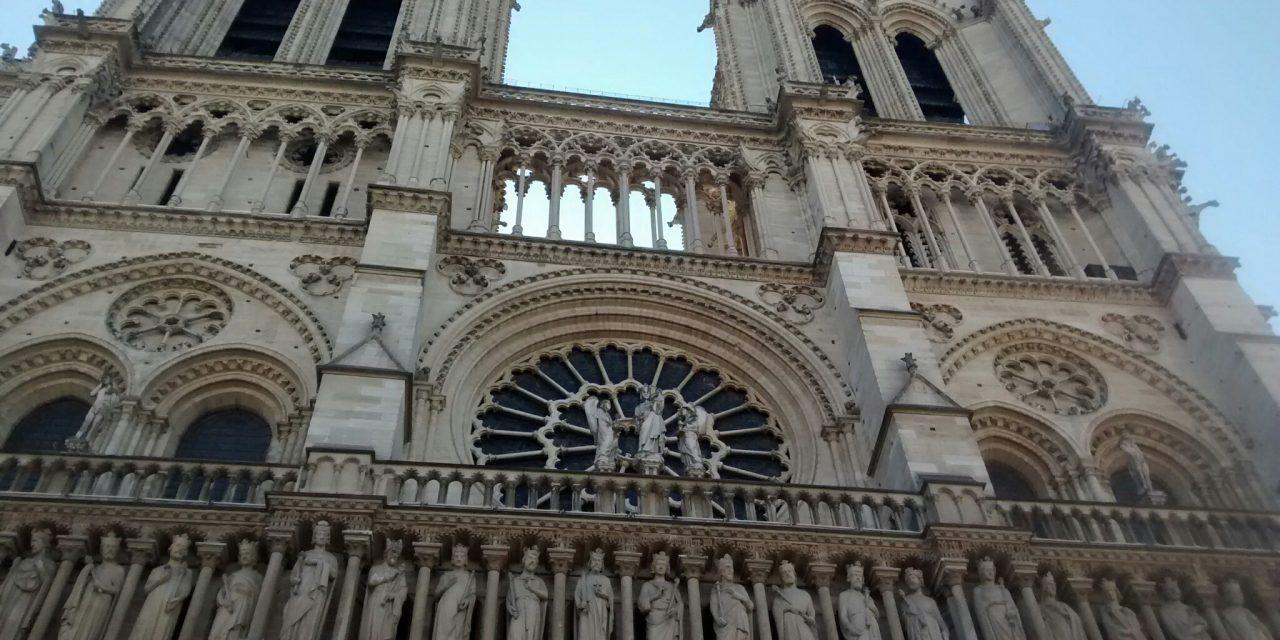 Incendio de Notre Dame ¿Y capilla de la Guadalupana?