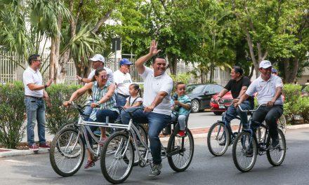 """Con rally y pedaleando concluye """"Semana de la Niñez""""  en Mérida"""