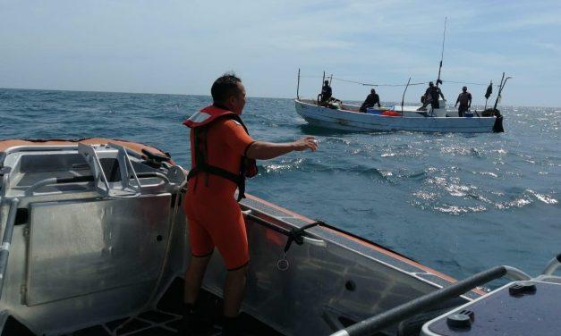 Rescatados pescadores a 92 kilómetros al norte de Puerto Progreso