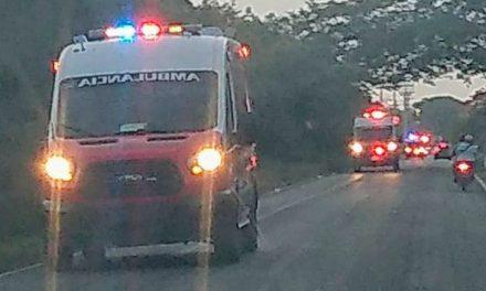 Un muerto y varios lesionados en accidente de camión con 30 policías
