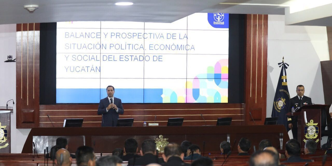 Da Vila conferencia ante alumnos de Centro de Estudios Superiores Navales