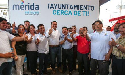 Ayuntamiento de Mérida brinda atención integral a locatarios de mercados