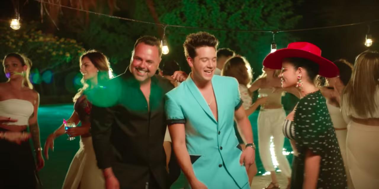 Axel Muñiz, Maite Perroni y Juan Magán graban videoclip en Yucatán