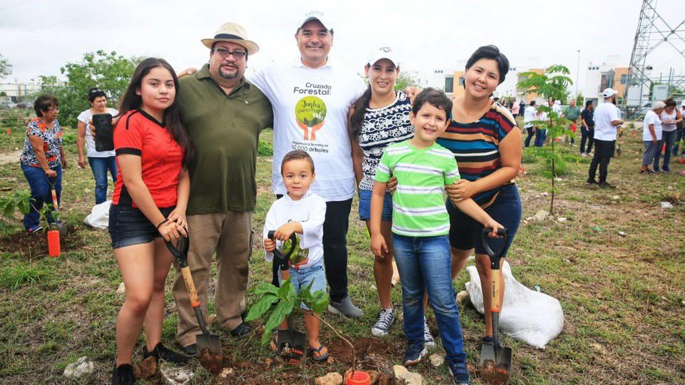 Renán Barrera encabeza primera arborización de la Cruzada Forestal 2019