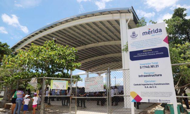 En Mérida mil 580 nuevas becas para secundaria y primaria