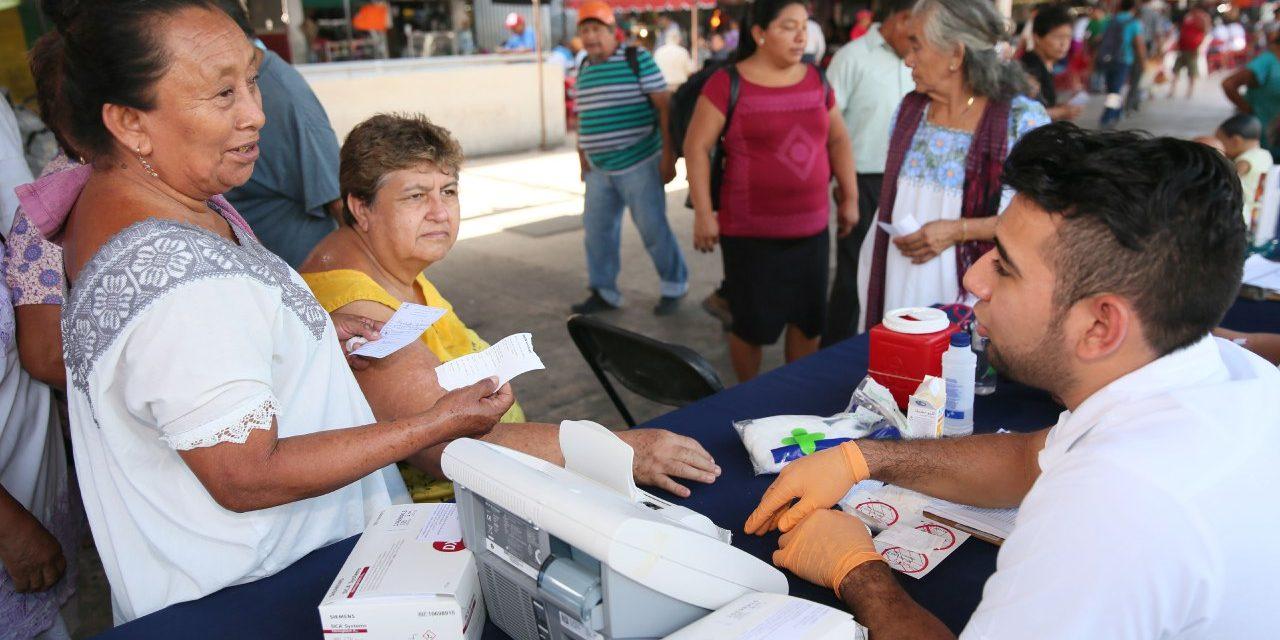 Lleva comuna información y atención a mercados Lucas de Gálvez y San Benito