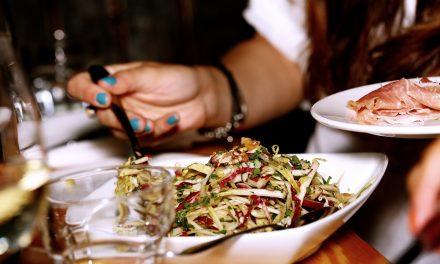 Para el éxito de restaurantes 'no basta con cocinar bien'