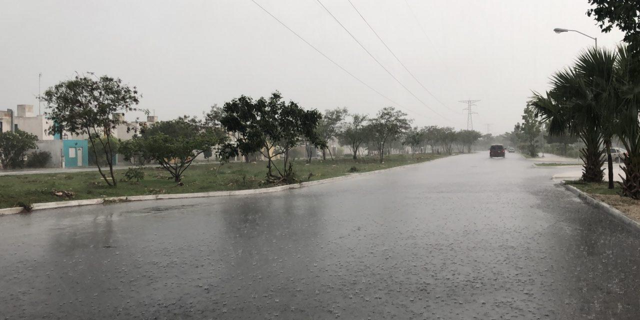 Copiosas lluvias desquiciaron zonas de Mérida (Video)