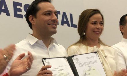 Aprobada iniciativa de Vila para eliminar bolsas y popotes de plástico, y contenedores de unicel en Yucatán