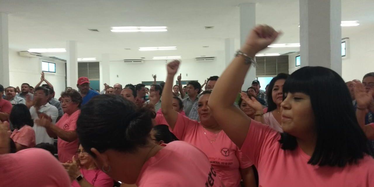 """Exhiben a """"gamberros"""" que reventaron asamblea de taxistas (Video)"""