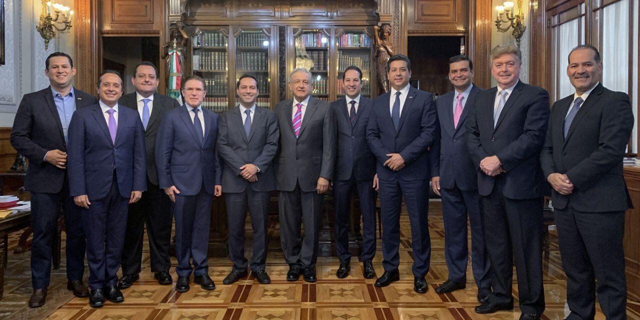 A mitin en Tijuana, con López Obrador, gobernadores de PAN y PRI
