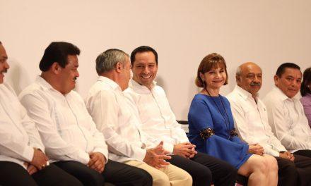 Alza salarial, retroactiva al 1 de enero, a trabajadores de la educación en Yucatán