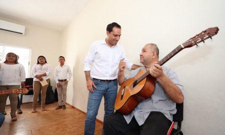 Vila Dosal reactiva Casas de la Cultura en municipios de Yucatán