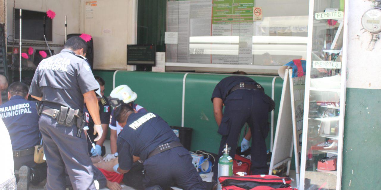 Sufre infarto mientras repartía de carnes frías en centro de Mérida