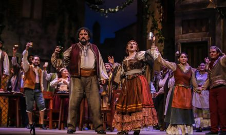 Fascinante drama y escenario de ópera Cavalleria Rusticana
