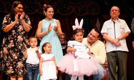 Renán Barrera Concha destaca trabajo municipal en formación de la niñez